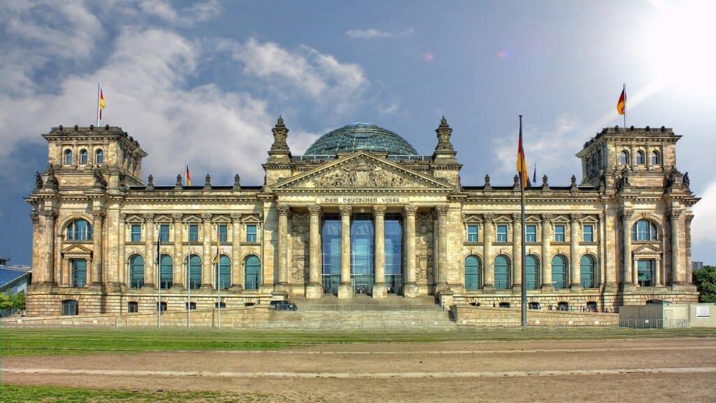 berlin reichstag rigsdagsbygningen i berlin tyskland