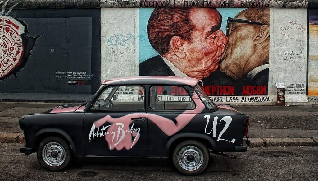 Berlinmuren set fra Østsiden i Berlin