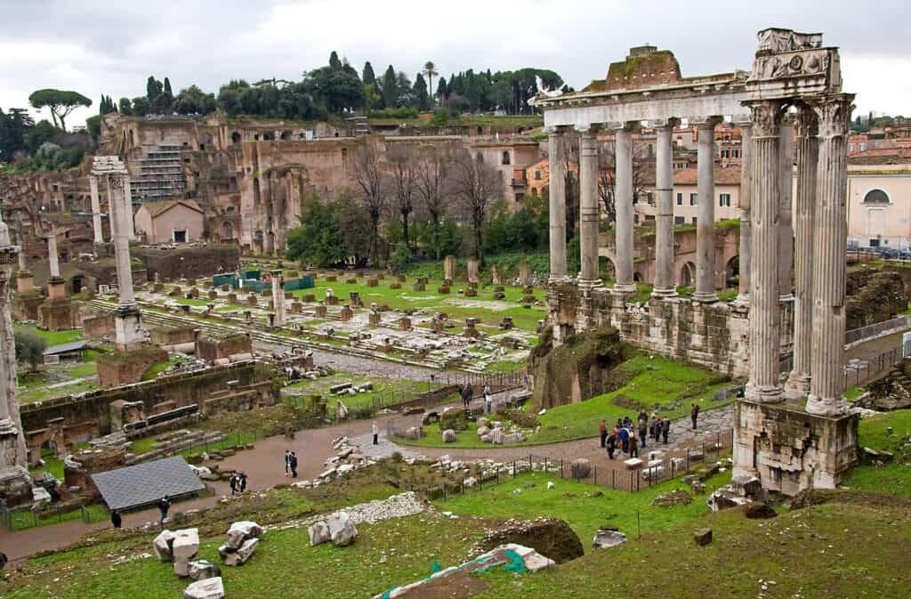 de resterende dele af forum romanum i rom