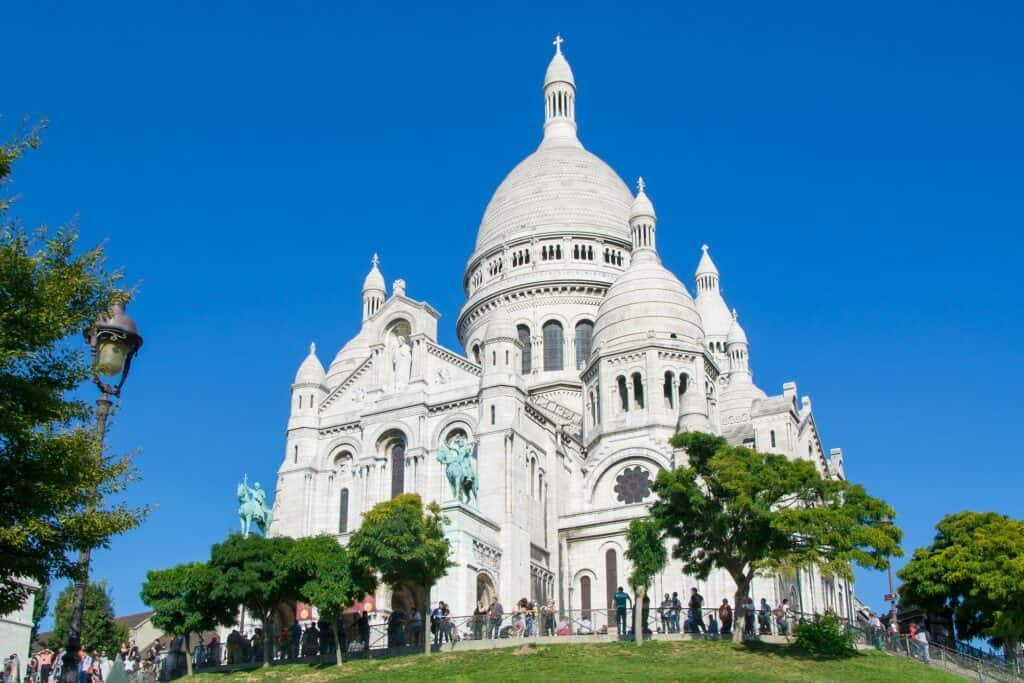 den berømte sacré cœur kirke i paris frankrig