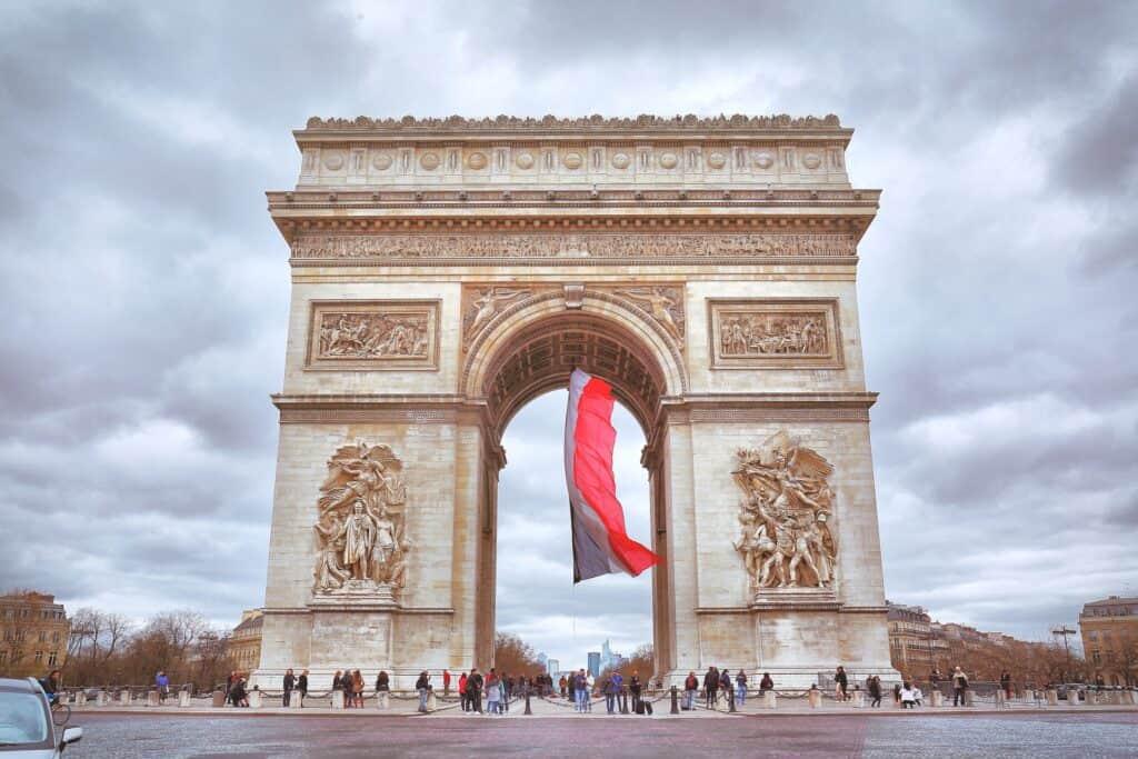 historisk billede af arc de triomphe triumfbuen i paris