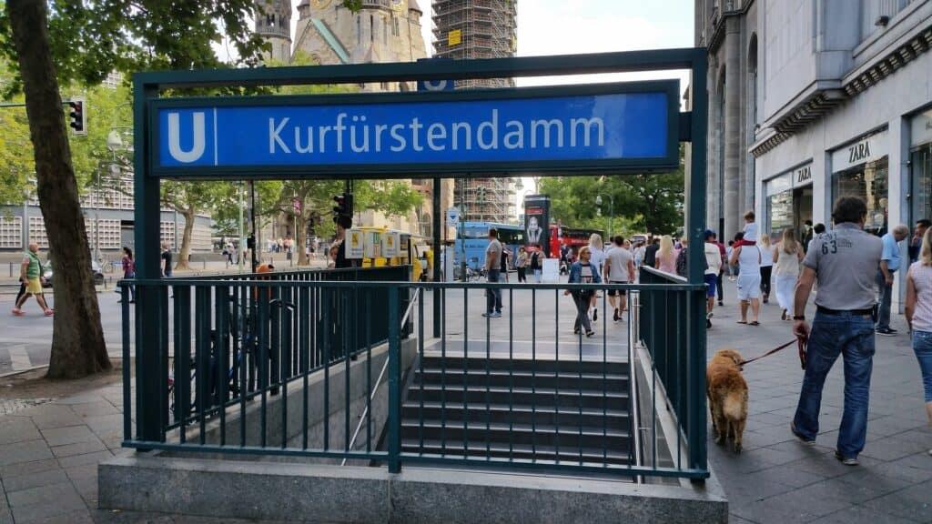 kurfürstendamm station i berlin