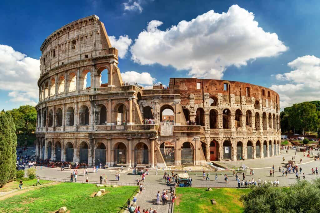 ruinerne af colloseum i rom